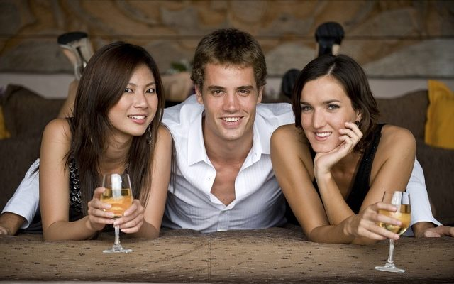 Get Women To Approach You With These 6 Secrets